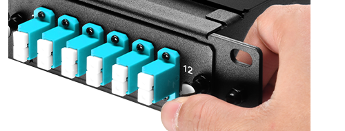 FHD MTP/MPO Cassettes  Tool-less Installation with Plastic Rivets