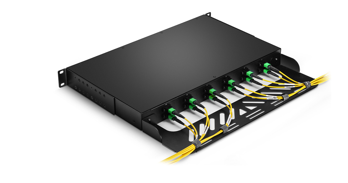 FHU MTP®/MPO-LC Breakout Panels Removable Cable Management Plate