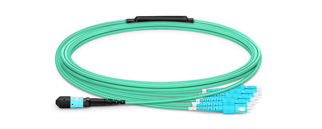 Cables breakout MTP-LC  Haz cable breakout MTP tu elección para redes de alta densidad