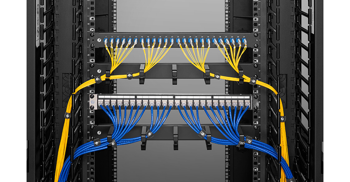Horizontal Cable Manager Ideal for Light-duty Cable Distribution