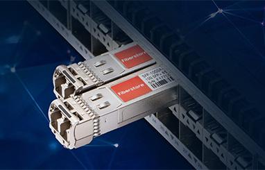 https://img-en.fs.com/community/uploads/post/en/news/images_small/17-hp-compatible-transceiver.jpg