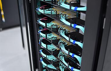 https://img-en.fs.com/community/uploads/post/en/news/images_small/5-high-density-breakout-panel.jpg