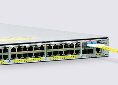 Fs Cisco-catalyst-4948E-F.jpg