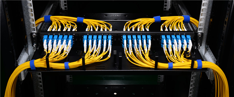 horizontal cable management panel