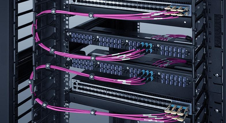 40G - 40G высокоплотная СКС с MTP панелем оптических адаптеров