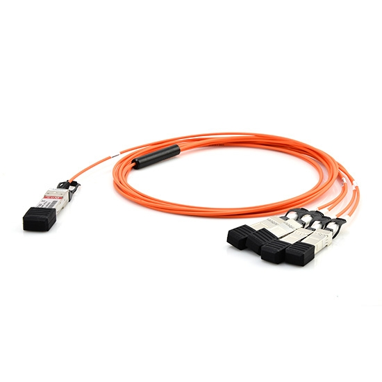 Brocade 40G-QSFP-4SFP-AOC-0201 Kompatibles 40G QSFP+ auf 4x10G SFP+ Breakout Aktives Optisches Kabel (AOC), 2m (7ft)