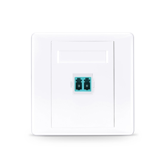 Single Port Fibre Optic Wall Plate Outlet, LC Duplex UPC OM3/OM4 Multimode, Straight
