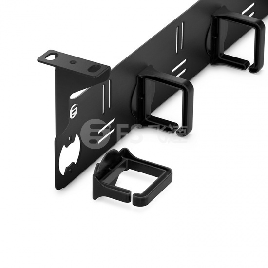 1U金属水平理线架,带5个可旋转且可拆卸D型环
