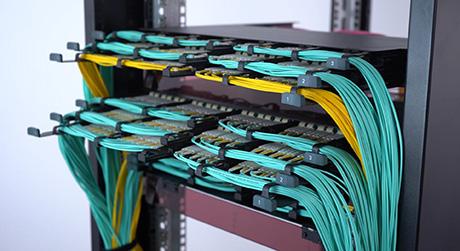 Fs fhx-fiber-enclosure-1.jpg